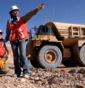 """CONVERSATORIO  """"Transformación de conflictos sociales: participación de la mujer, minería artesanal  y procesos de diálogo"""""""